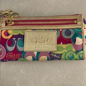 Coach Poppy Wallet/wristlet with gold accents